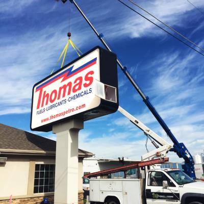 thomas pole instllation