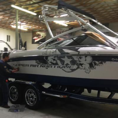 vinyl-marine-boat-graphic-wrap